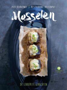 Piet Devriendt geeft kleine workshop over 'Mosselen' @ Boekenbeurs - Stand Overamstel 410 | Antwerpen | Vlaanderen | België